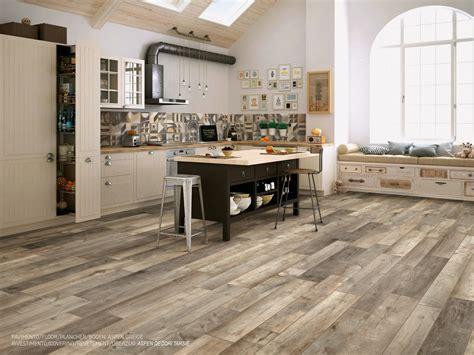 Piastrelle Cucina Pavimento Piastrelle E Pavimenti Per Cucina In Ceramica E Gres