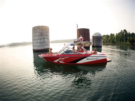 lake powell halls crossing boat rentals lake boat rentals for every destination in the united states