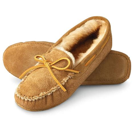 mens moccasin house shoes women s minnetonka moccasins 174 sheepskin softsole moc slipper tan 95321 slippers