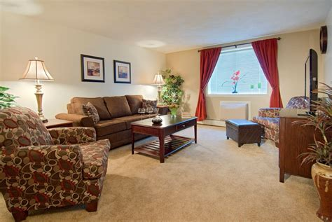 Furnished Appartments by Boston Apartments J E Realty Company Quincy And