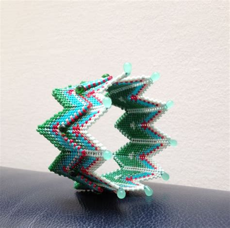 kate mckinnon beading beaded bracelet inspired by kate mckinnon book cgb