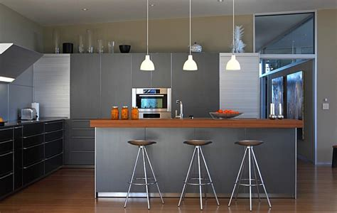 Kitchen Lighting Ideas Over Island by 10 Trendy Bar And Counter Stools To Complete Your Modern