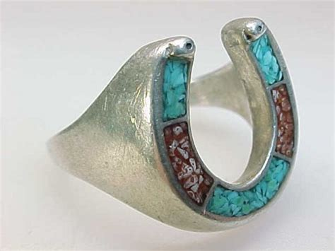 s vtg horseshoe ring with turquoise and coral inlay in