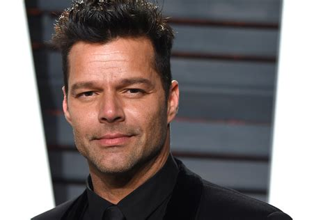 Ricky Martin Shows Footage Of Himself by Ricky Martin Joins Versace American Crime Story Today S