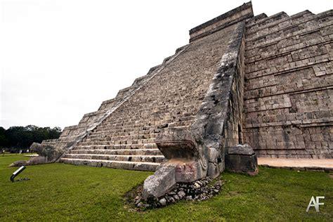 imagenes de maya sombra 191 qu 233 serpiente recorre cada a 241 o la pir 225 mide de kukulk 225 n