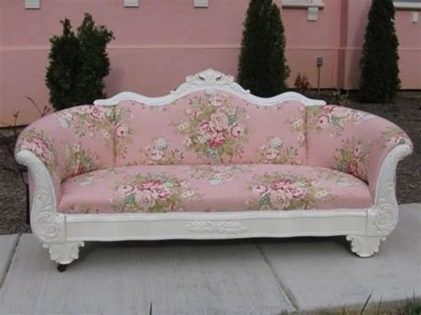 flower couch pink flower couch furniture pinterest