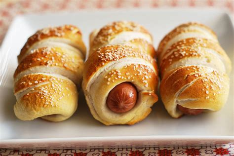 can dogs pretzels pretzel dogs