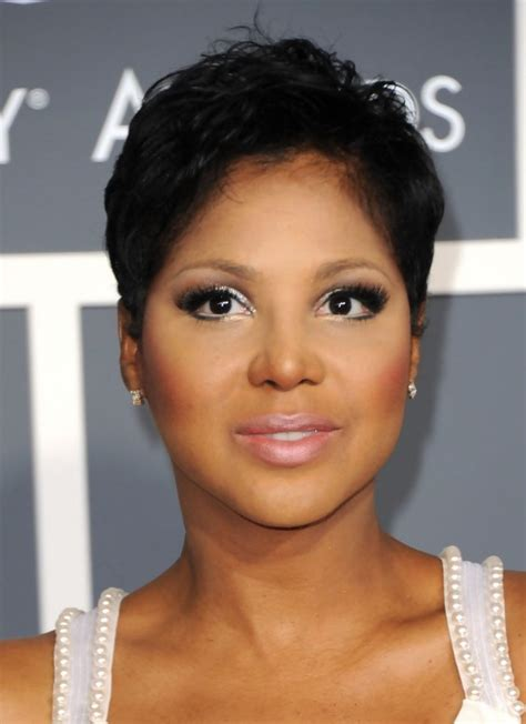 tony braxton hairstyles short haircut for women stylish pixie cut in black toni