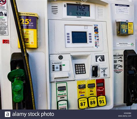 shell oil company stock  shell oil company stock images alamy