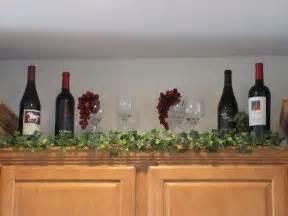 25 best ideas about kitchen wine decor on