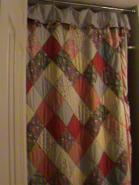 quilted shower curtains pin by suzzan nutting on quilted shower curtains pinterest