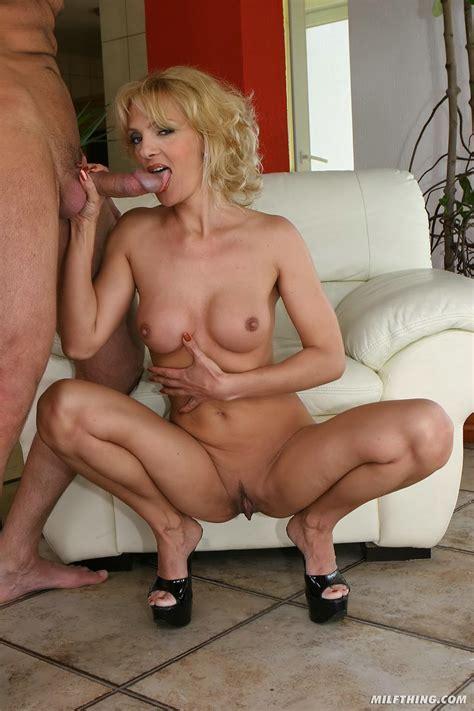 Mature Blonde Milf Enjoying Anal Tgp Gallery