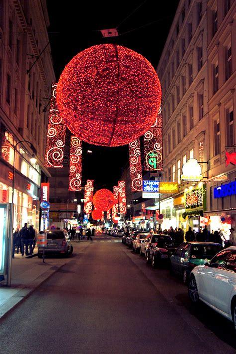 Christmas Tree Decoration Photos 17 Agustus 2017 Vienna Lights