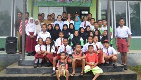 kerja sama international animal rescue iar indonesia