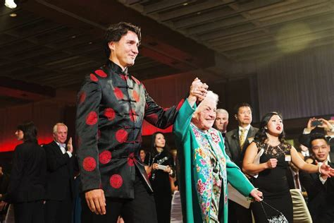 new year gala toronto trudeau helps new year macleans ca