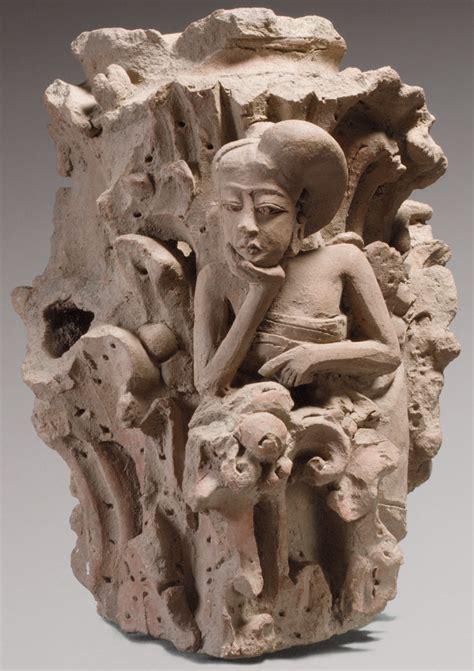 Pura Femme Ada Di Apotik tulisan dari puri surya majapahit wayang adalah ilmu