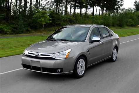 2011 Ford Focus Se by The Poor Car Reviewer 2008 2011 Ford Focus Se And Ses