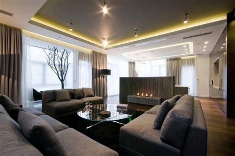 Nowoczesny Salon Z Betonem Architektonicznym Large Family Room Design Ideas
