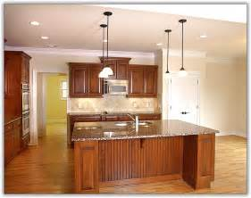 Kitchen Cabinets Molding Ideas by Kitchen Cabinet Crown Molding Uneven Ceiling Home Design