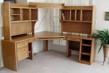 395 Large Oak Corner Desk W Keyboard Tray Shelves Corner Desk With Shelves And Drawers