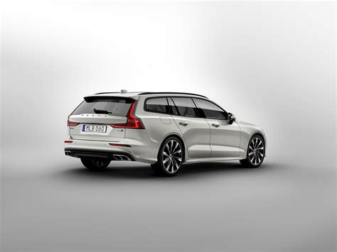 New 2019 Volvo V60 by 2019 Volvo V60 Officially Unveiled Wagon Gets Two