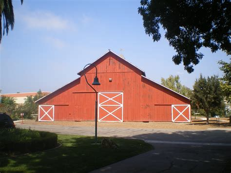 camarillo ranch house file camarillo ranch house barn jpg wikimedia commons