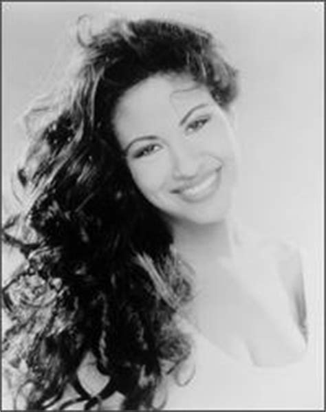 selena quintanilla biography in spanish osc 20 line up