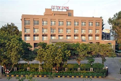 city inn baramati updated  hotel reviews price
