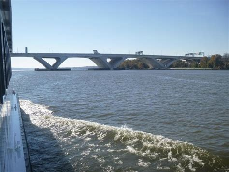 potomac boat rides boat ride on the potomac river picture of potomac river