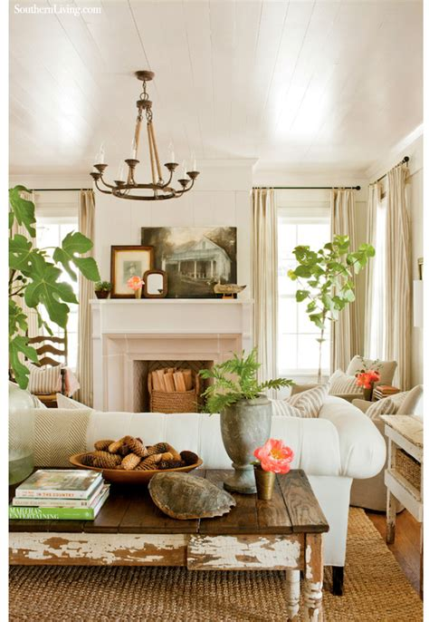 southern living room cottage style the lettered cottage