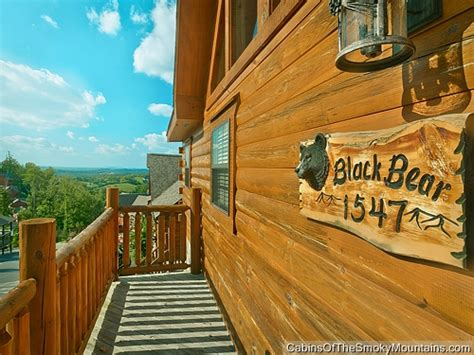Cabins In Pigeon Forge With Pool Access by Pigeon Forge Cabin Black Den 2 Bedroom Sleeps 6