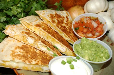 mexican at your home drinks snacks appetizers recipes for any mexican books the way to the kitchen quesadillas