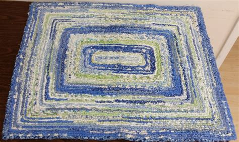 locker hook rugs locker rug hooking
