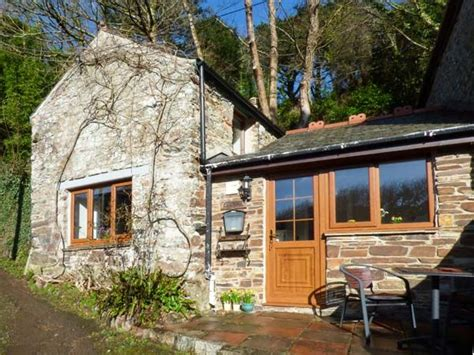 St Agnes Cornwall Cottages by Wisteria Cottage St Agnes Goonvrea Cornwall Self