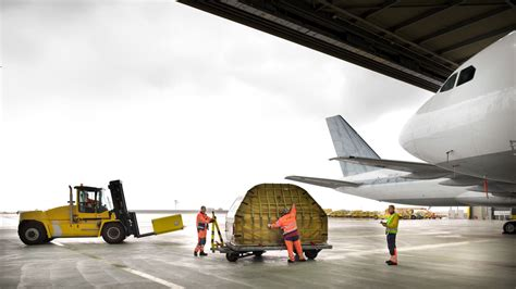 global air freight forwarding dhl global forwarding australia