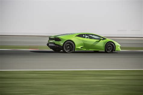 lamborghini huracan review prices specs and 0 60 time evo