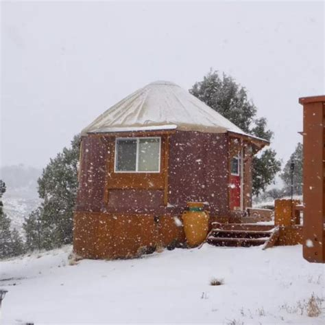 tiny studio yurt cabin in bryce canyon