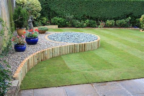 aiuole da giardino con sassi giardini con sassi tante idee per valorizzare lo spazio