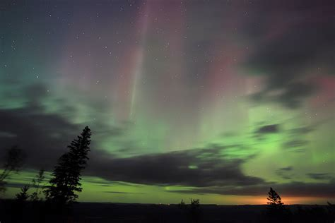 photos northern lights glow the midwest minnesota