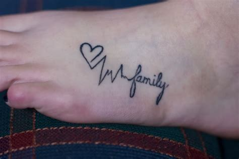 love family tattoo designs family on wrist www pixshark images
