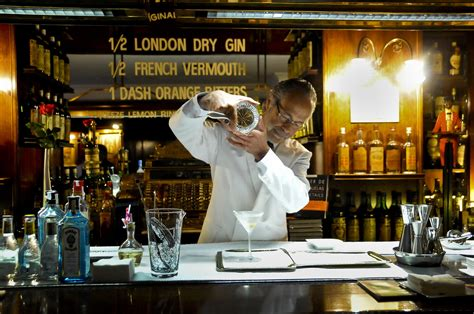 favorite places  drink gin  tonic  barcelona