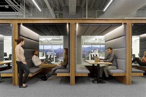 Office Sf A Look Inside Square S San Francisco Headquarters