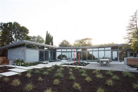 what is a mid century modern home mid century modern residence by klopf architecture