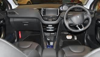 Peugeot 208 Inside Pin Peugeot 208 Interior Plazas Traseras On