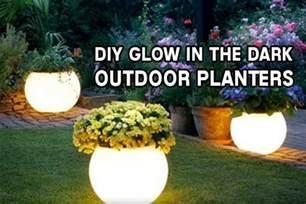 diy glow in the outdoor planters iseeidoimake