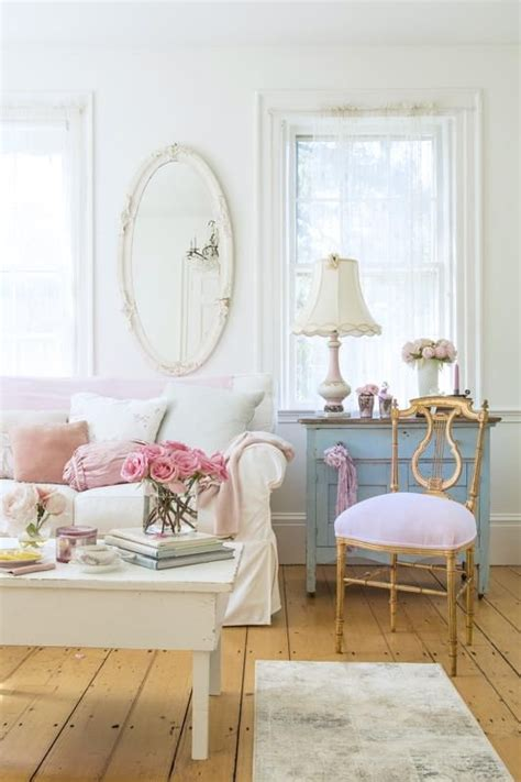 vintage shabby chic home decor best 20 shabby chic sofa ideas on shabby chic
