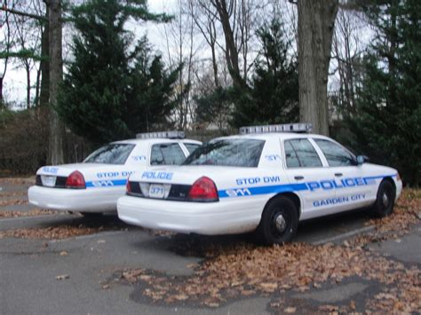 Garden City Ny Parking Violations Crime Blotter Students Allegedly Throw Barricade