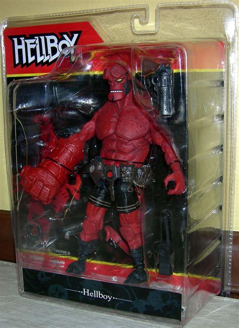 Sale Figure Mezco Hellboy Hell Boy Preview Exclusive Segel hellboy comic figure snarling mezco toys mike mignola