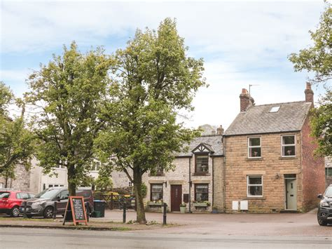 Milford House In Tideswell Milford House Is In The