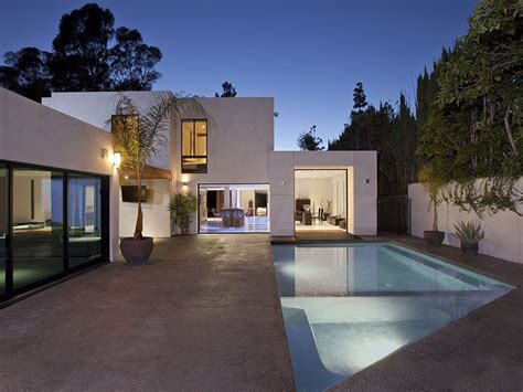 home in california flawless design contemporary luxury home in beverly california freshome